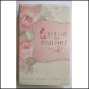 Bíblia da Mulher de Fé Flores